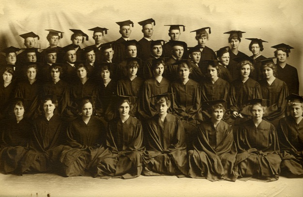 Class of 1915 which included Ernest McFarland and Robert S. Kerr
