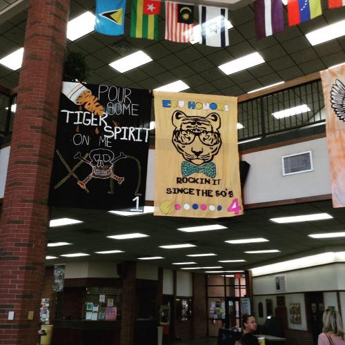 Homecoming Chalk Art and Banners
