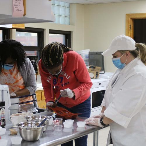 First-Gen Students Hot Chocolate Bombs Make and Take